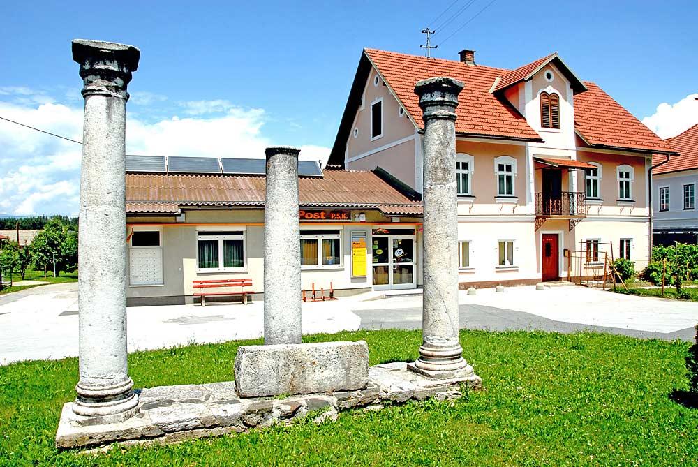 Römische Säulen in Globasnitz