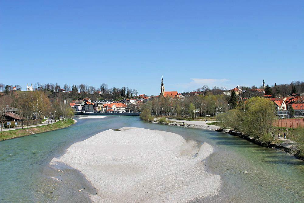 Blick über die Isar bei Bad Tölz