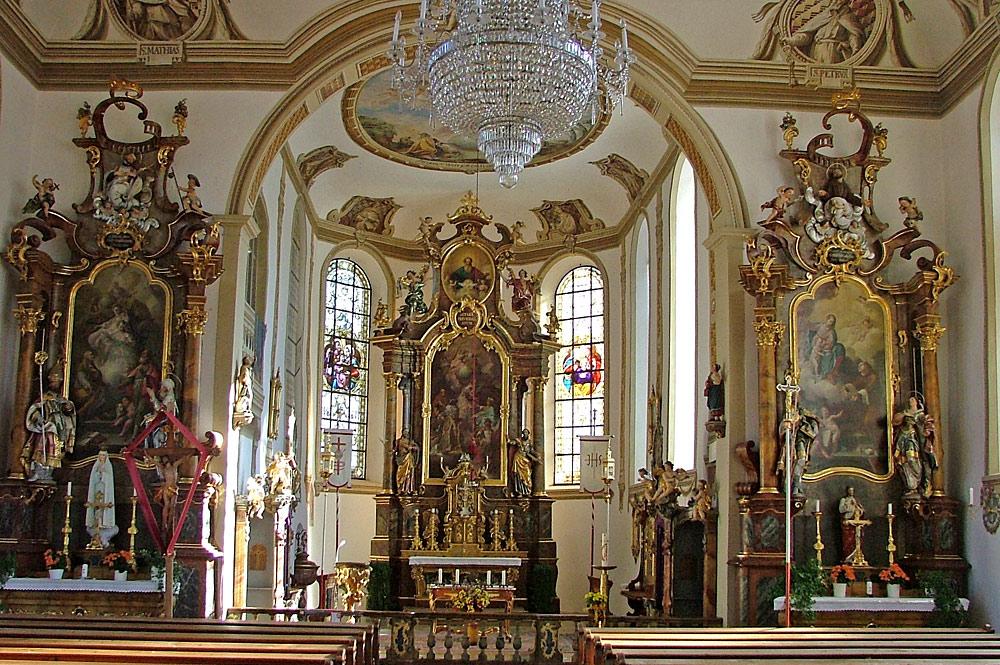 Innenansicht der St. Blasius-Kirche in Rettenberg-Vorderburg