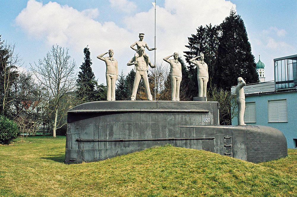 U-Boot-Skulptur in Stockach