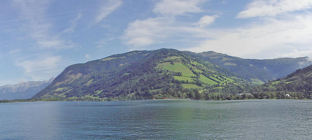 Panoramablick auf den Zeller See