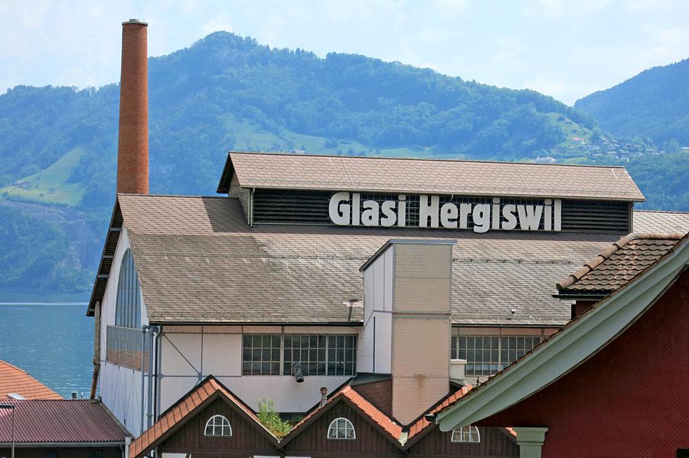 Außenansicht der Glashütte Glasi in Hergiswil