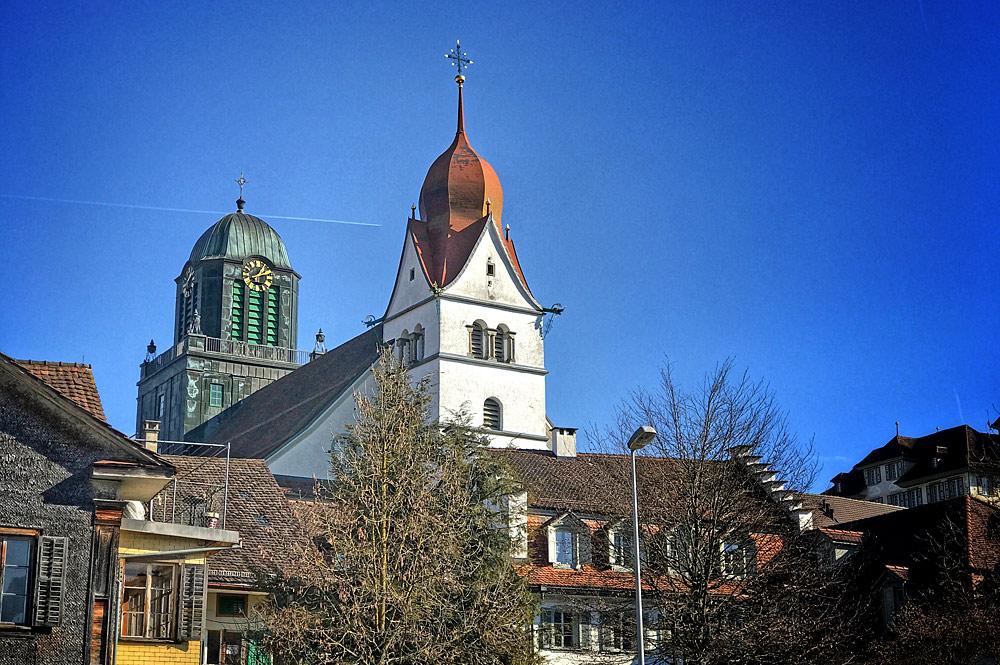 Nordwestansicht der Pfarrkirche St. Peter und Paul in Willisau
