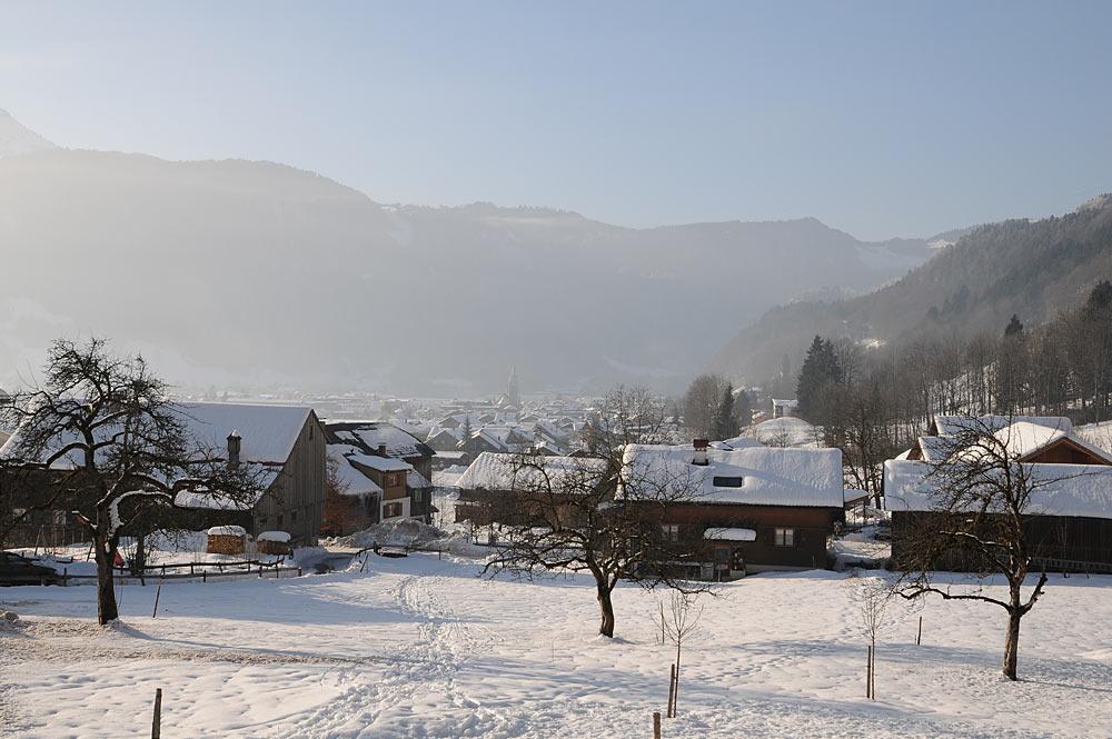 Ortsansicht von Bezau im Winter