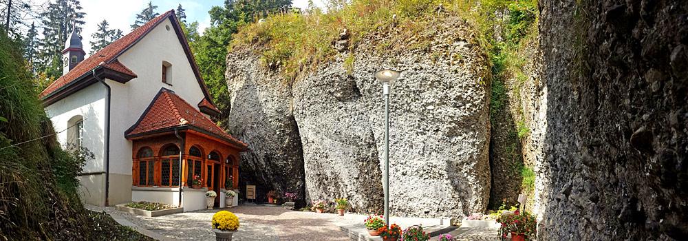 Felsenkapelle St. Michael zwischen den Felsen von Rigi-Kaltbad