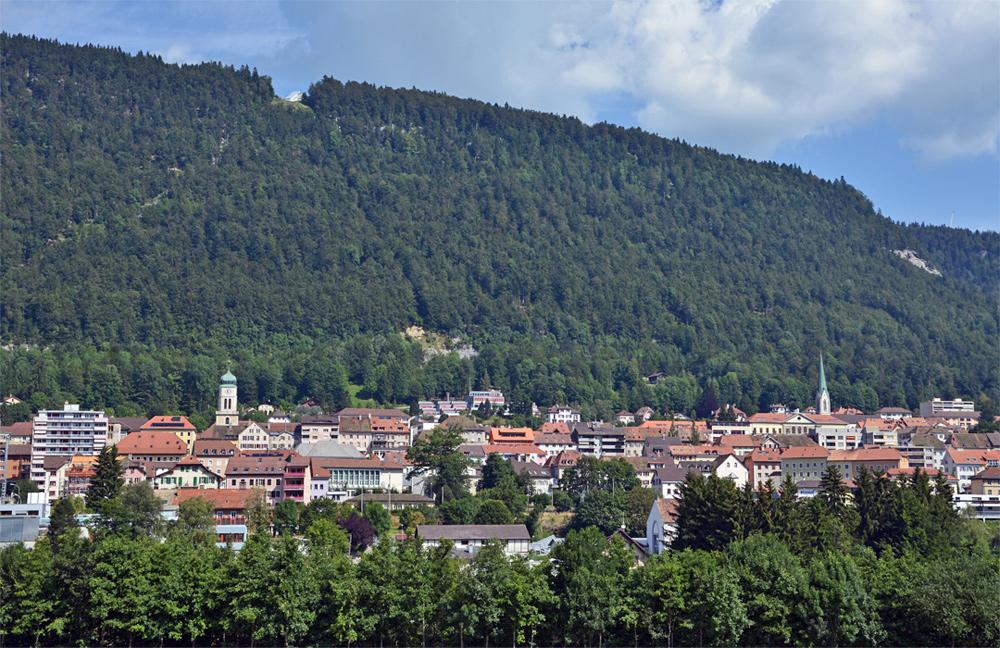 Blick auf St.-Imier im Berner Jura