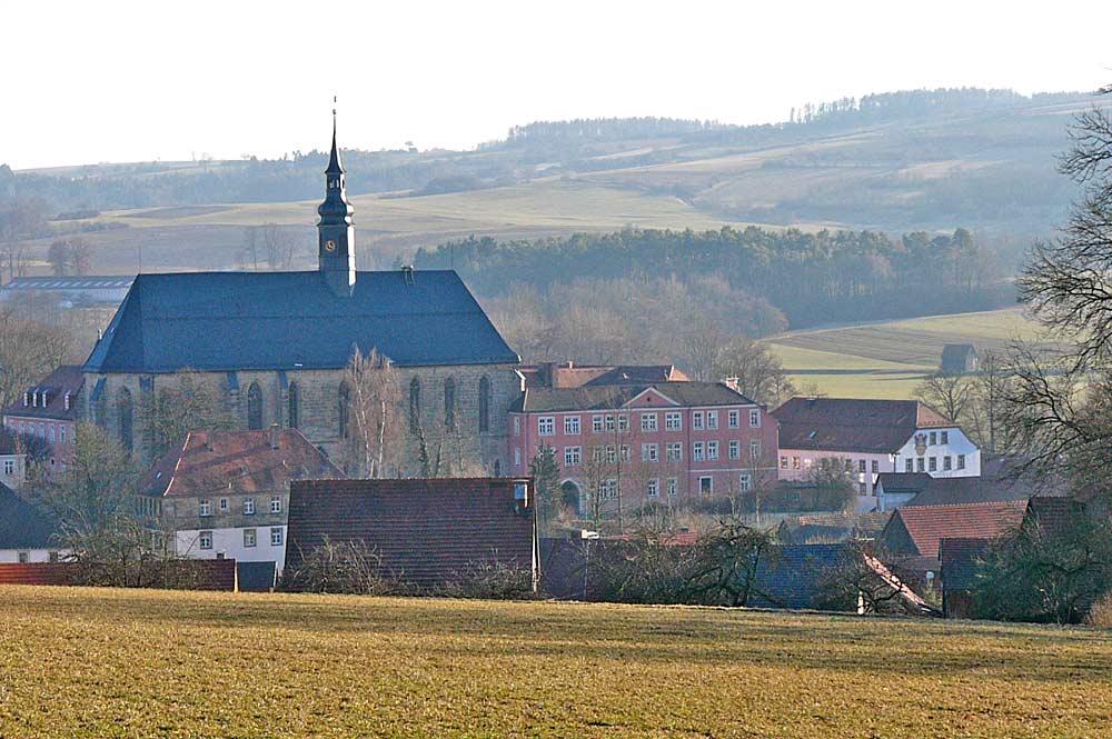 Außenansicht des Klosters Himmelkron