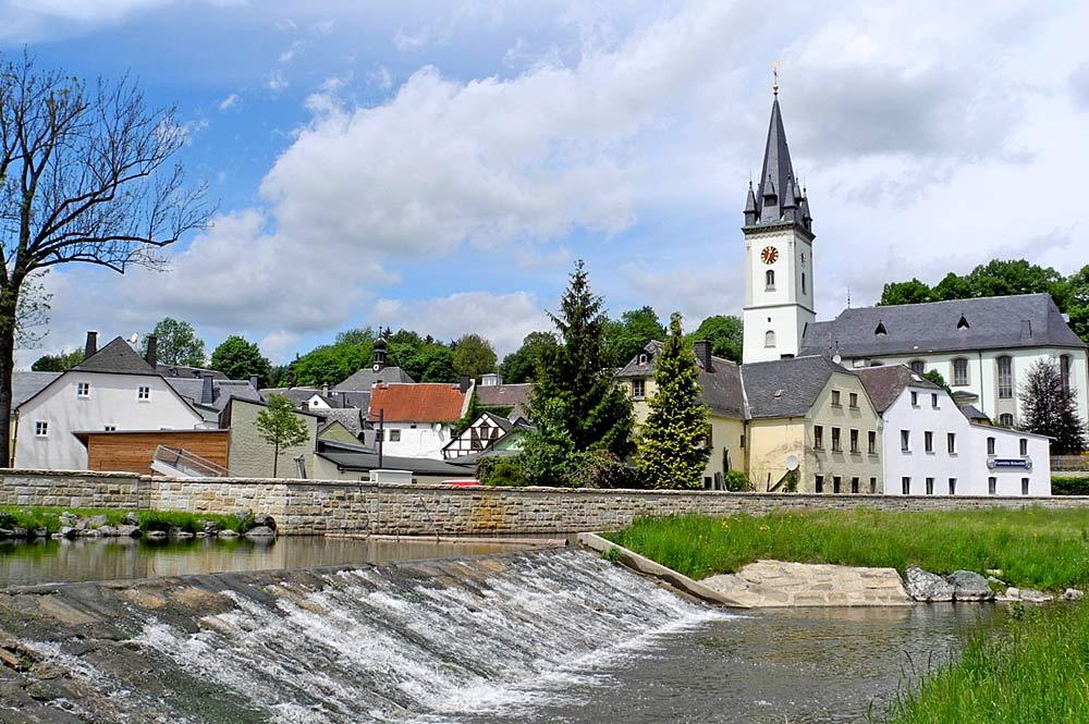 Blick auf Schwarzenbach an der Saale