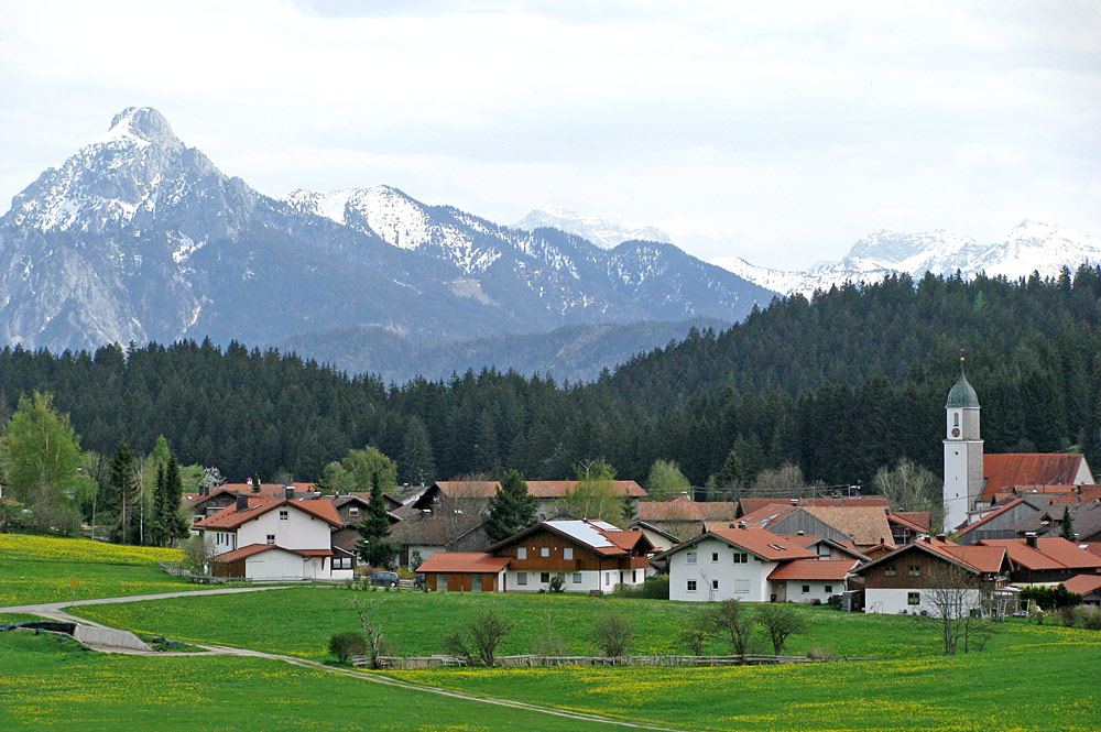 Blick von Nordwesten auf Eisenberg
