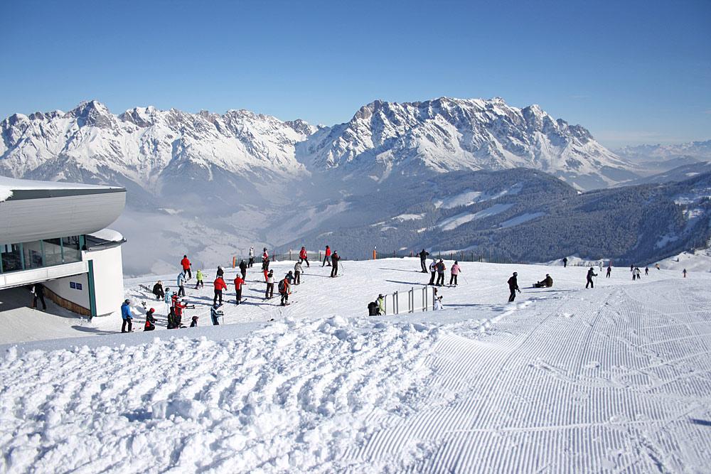 Blick auf das Steinerne Meer von der Bergstation Langeck im Skigebiet Hochkönig aus