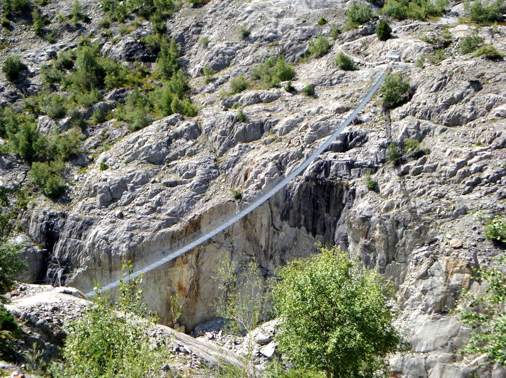 Hängebrücke über die Massaschlucht