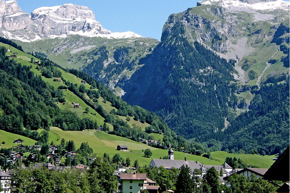 Blick auf Engelberg, den Lauchernstock und den Ruchstock