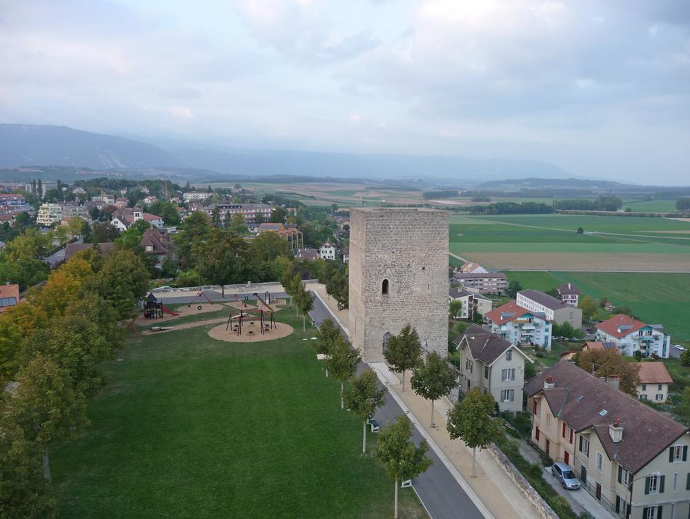 Der Bergfried des ehemaligen Schlosses von Orbe
