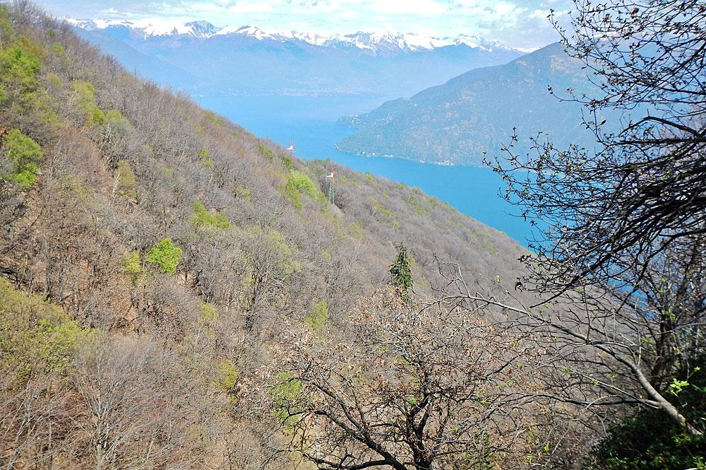 Blick vom Monte Carza auf den Lago Maggiore