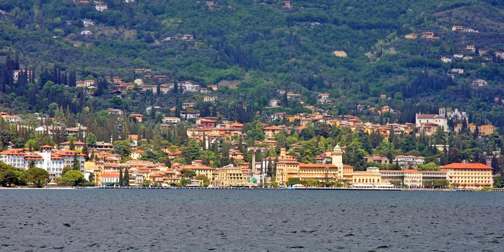 Blick auf Gardone Riviera