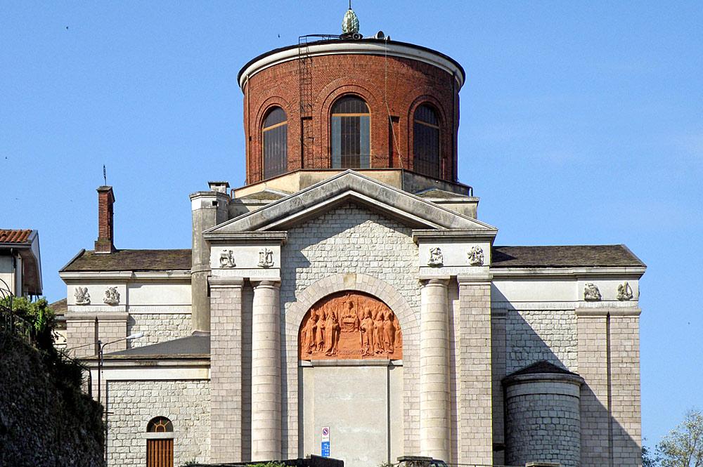 Außenansicht der Chiesa Nuova in Laveno-Mombello