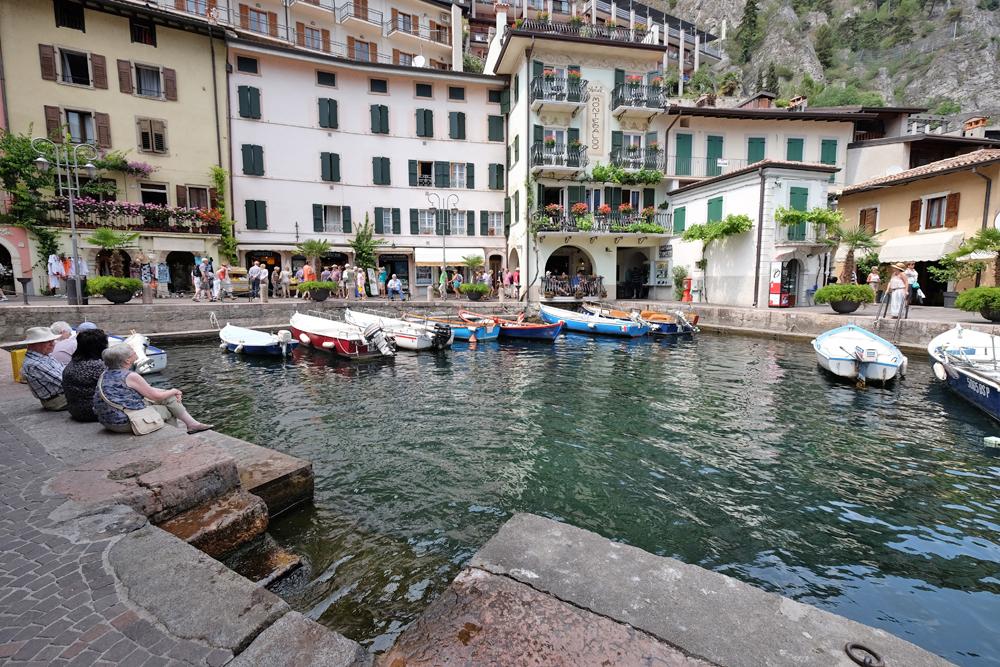 Der alte Hafen von Limone sul Garda