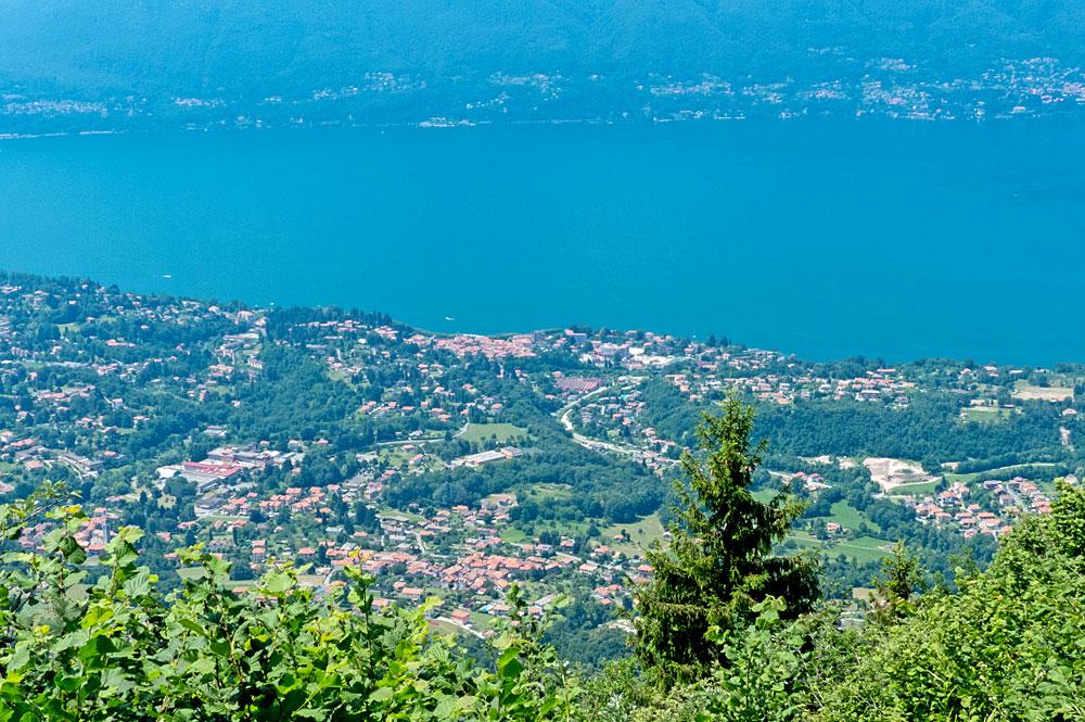 Blick vom Balcone sul Lago auf Porto Valtravaglia
