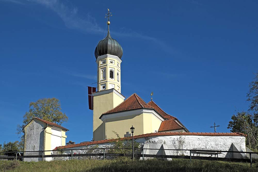 Blick auf die Kuratiekirche St. Georg