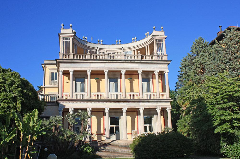 Außenansicht der Villa Giulia in Verbania