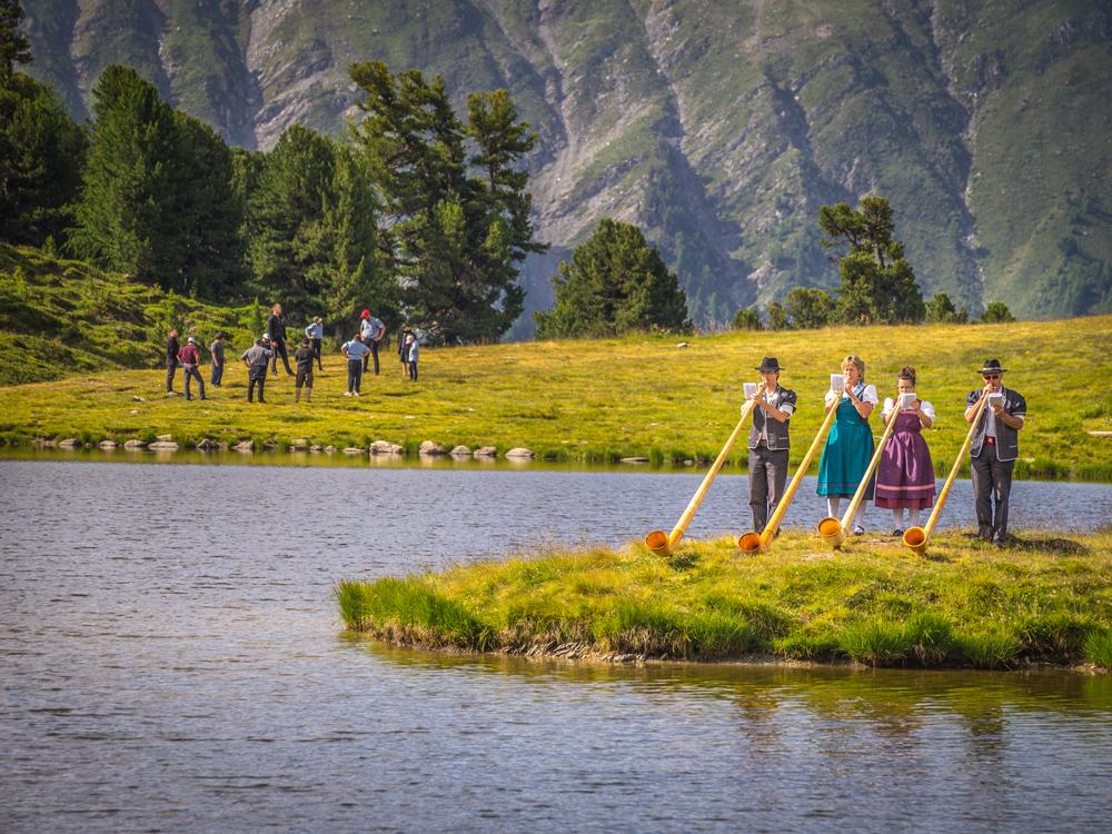 Alphörner in Nendaz
