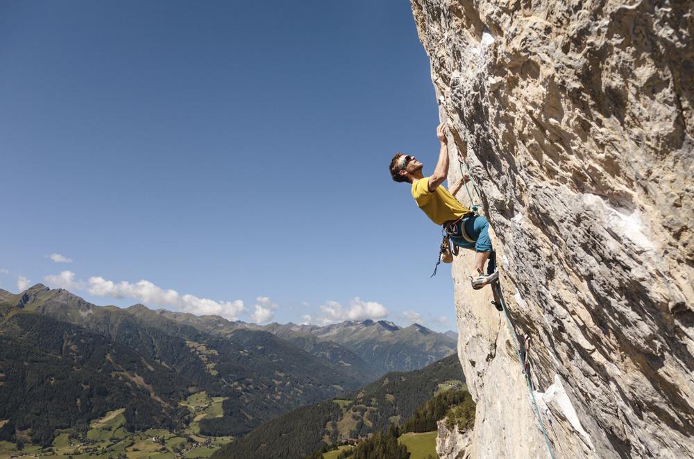 Kletterer im Klettergarten Falkenstein bei Matrei