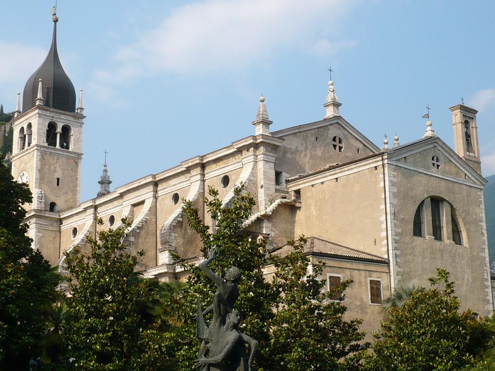 Kirche Santa Maria Assunta in Arco