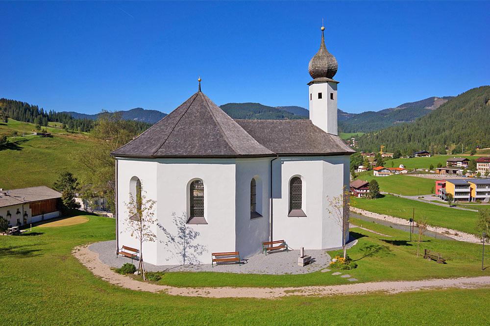 Außenansicht des Annakircherl in Achenkirch