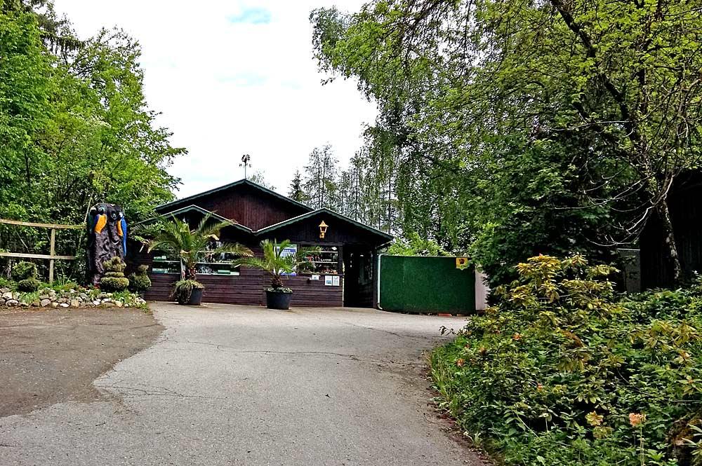 Eingang des Vogelparks Turnersee in St. Kanzian am Klopeiner See