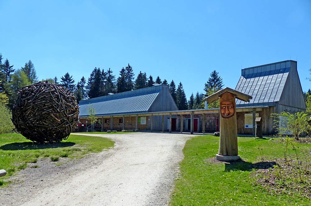 Eingang zum Wildpark Waldhaus in Mehlmeisel