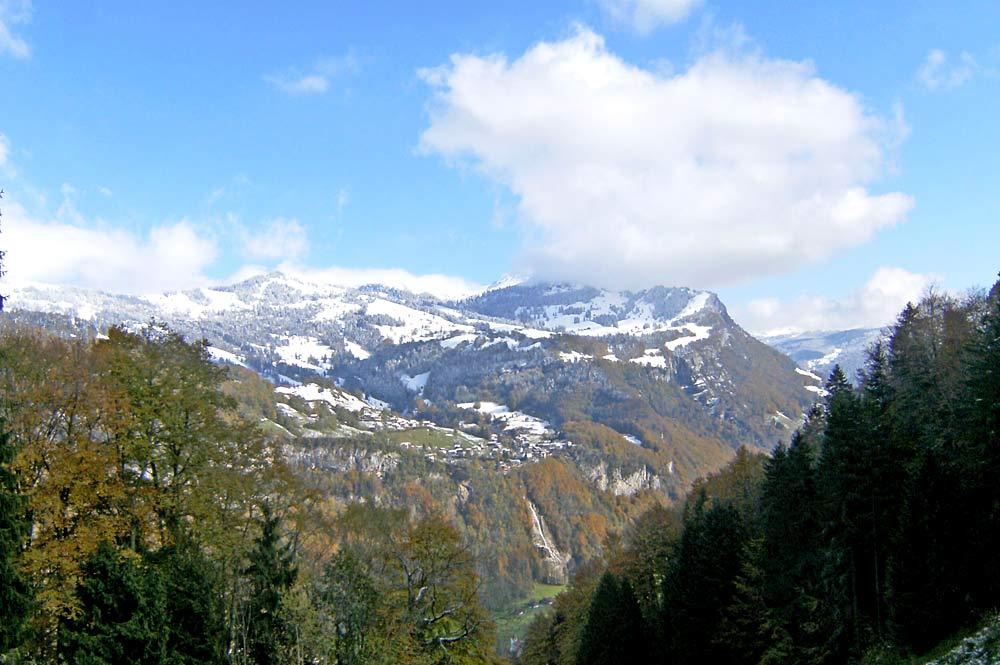 Blick auf Illgau im Muotathal