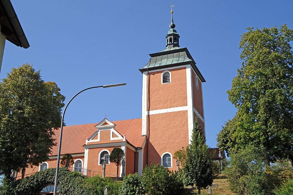 Kreuzbergkirche auf dem Kreuzberg in Wiesau