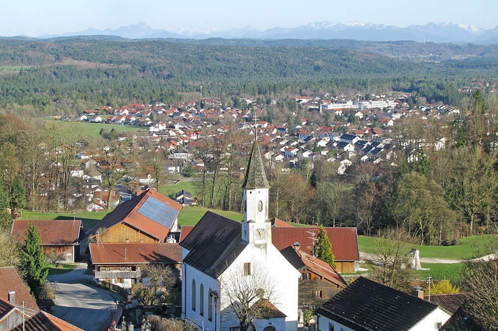 Blick auf Dorfen, einen Ortsteil von Icking