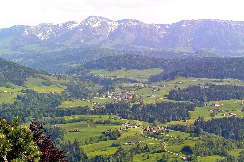 Krumbach vom Sulzberg aus gesehen