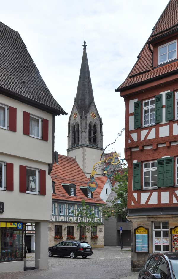 Blick zur Kirche in Münsingen