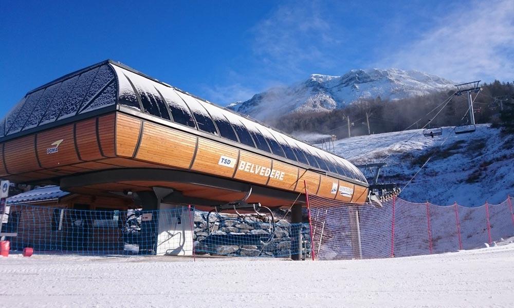 Sessellift zum Einstieg ins Skigebiet Montclar