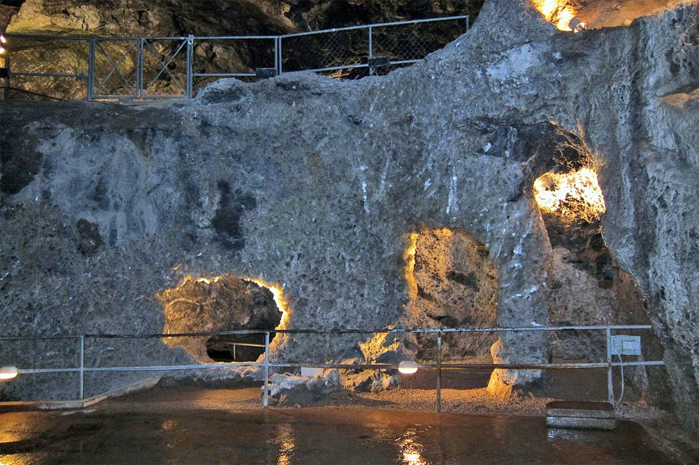 Blick in die Marienglashöhle Friedrichroda