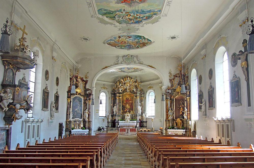 Innenansicht der Pfarrkirche St. Michael in Sonthofen