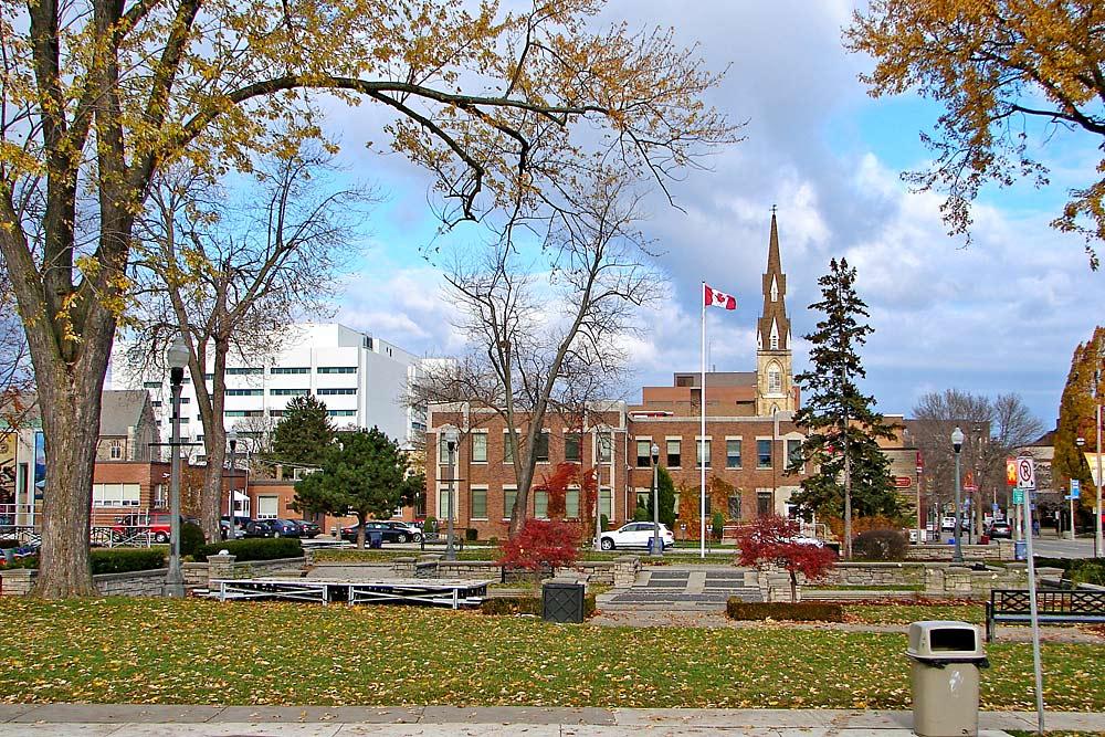 Downtown Oshawa im Herbst