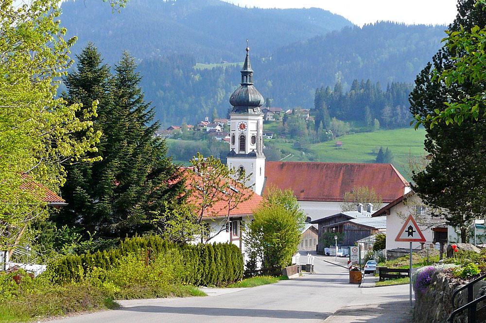 Blick auf St. Ulrich in Wertach
