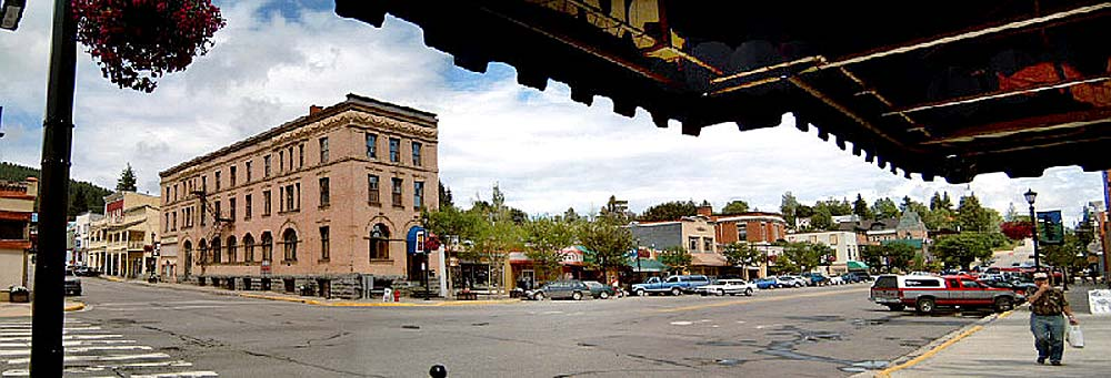 Blick auf die Main Street von Rossland