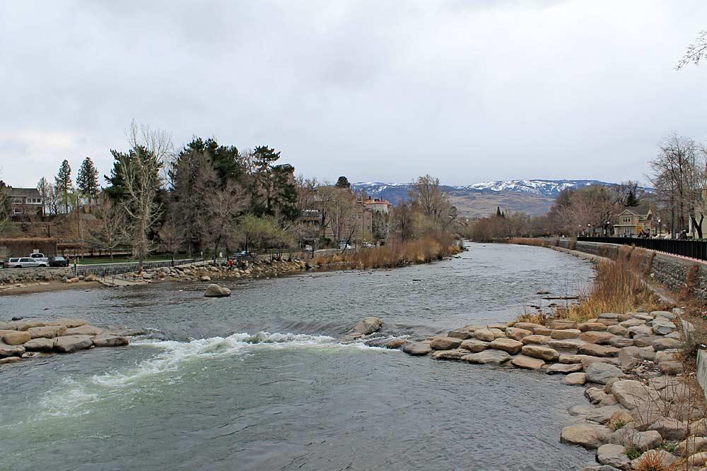 Blick auf den Truckee River in Reno