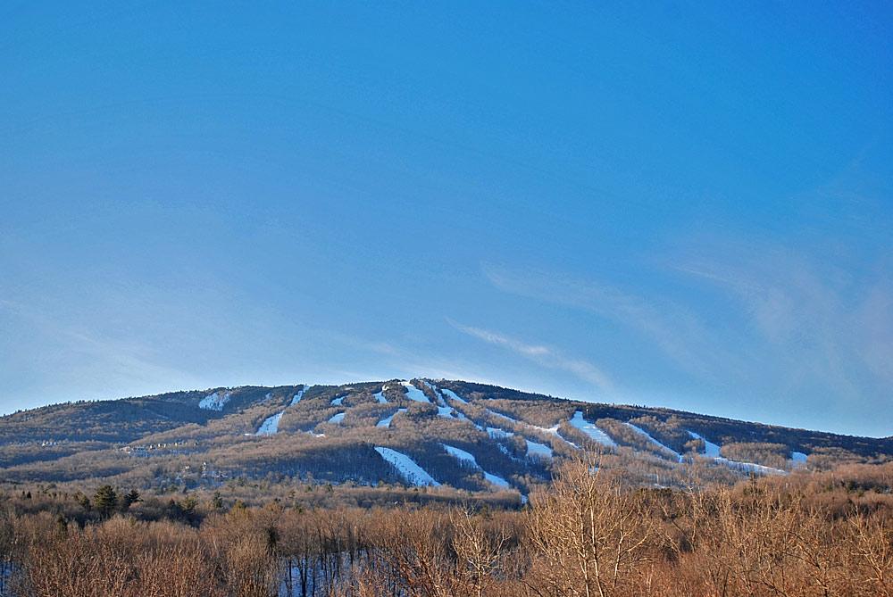 Blick auf die Pisten am Okemo-Mountain