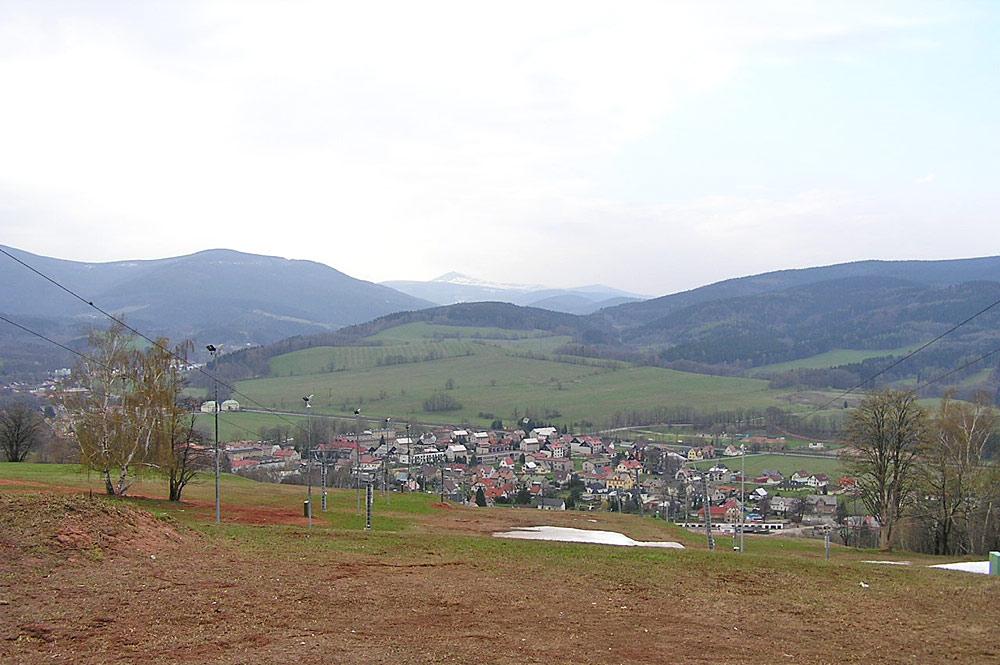 Blick auf den Ort Mlade Buky