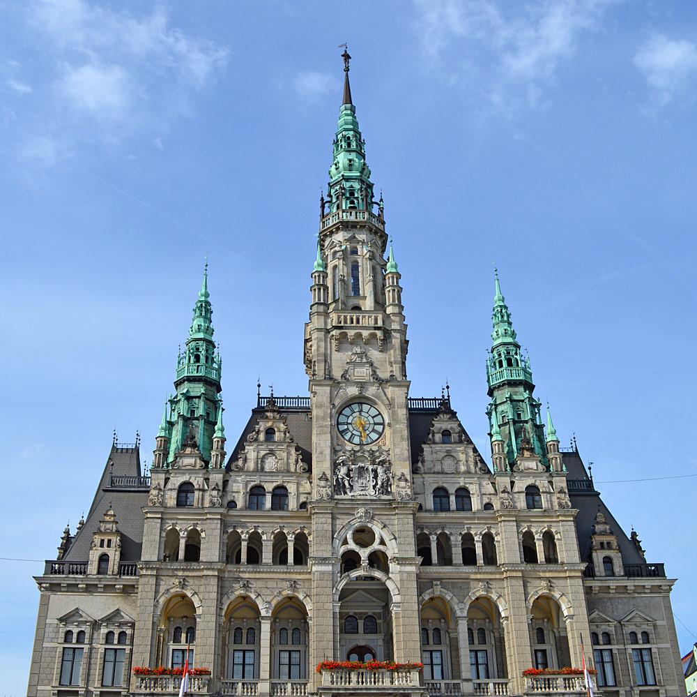 Außenansicht des Rathauses Liberec
