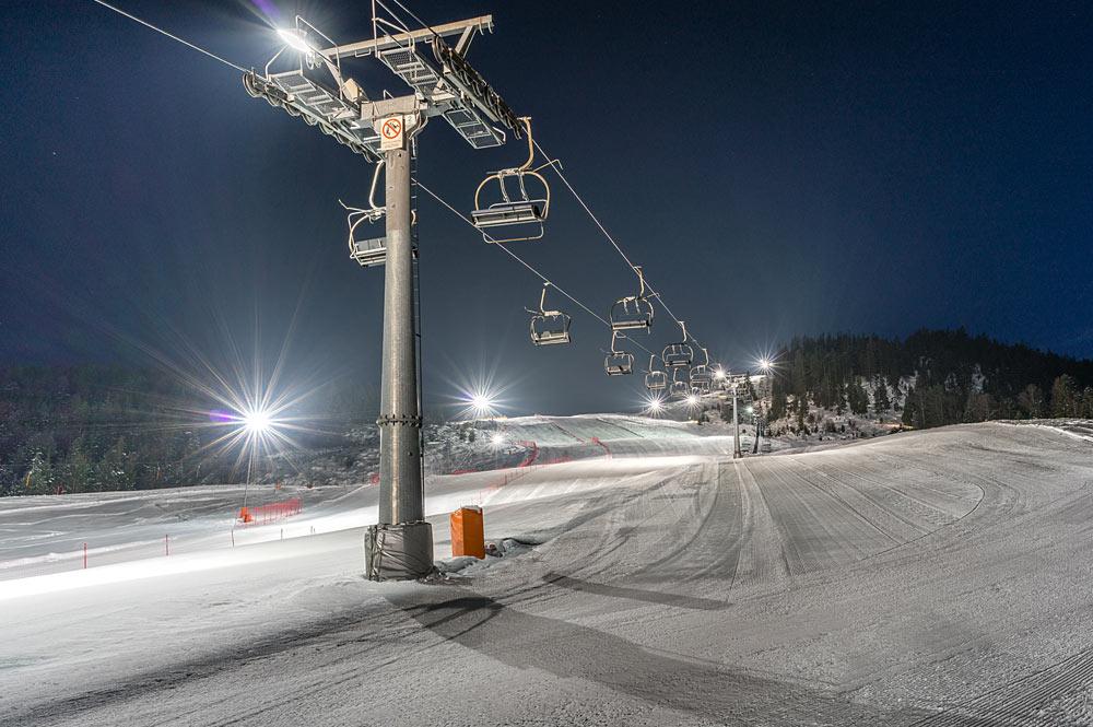Das Skigebiet von Leutasch bei Nacht