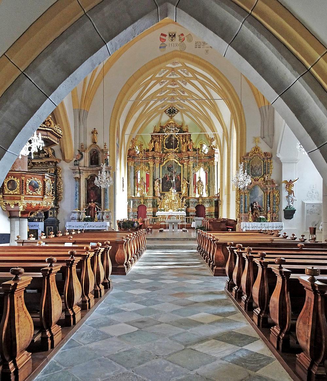Innenansicht der Pfarrkirche St. Martin in Obervellach