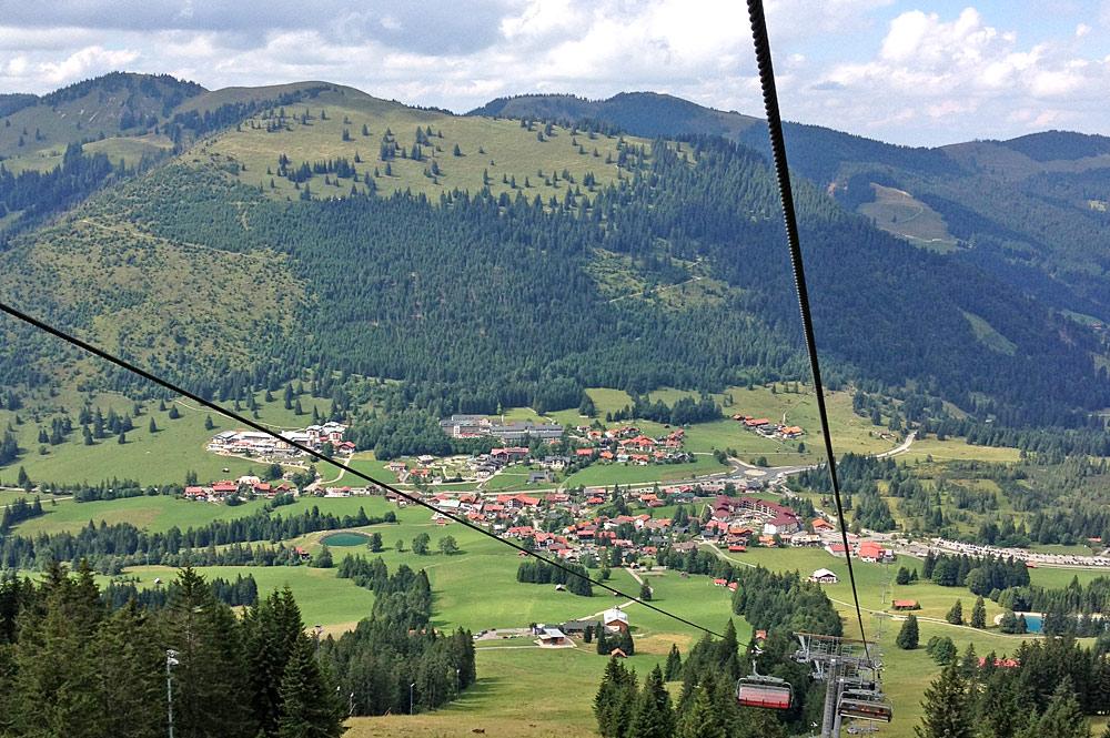 Blick von oben auf Oberjoch im Allgäu