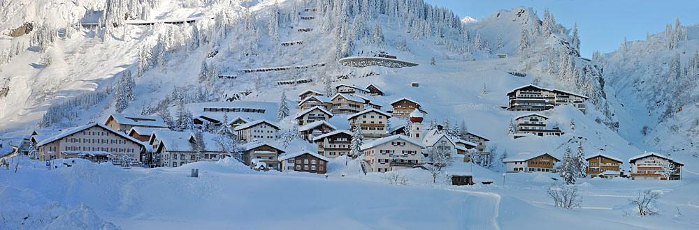 Panoramansicht von Stuben am Arlberg