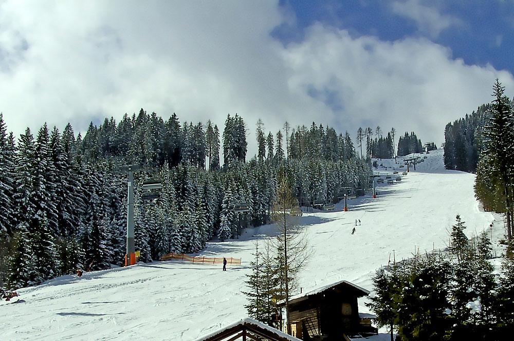 Blick auf eine Piste im Skigebiet Großarltal-Dorfgastein